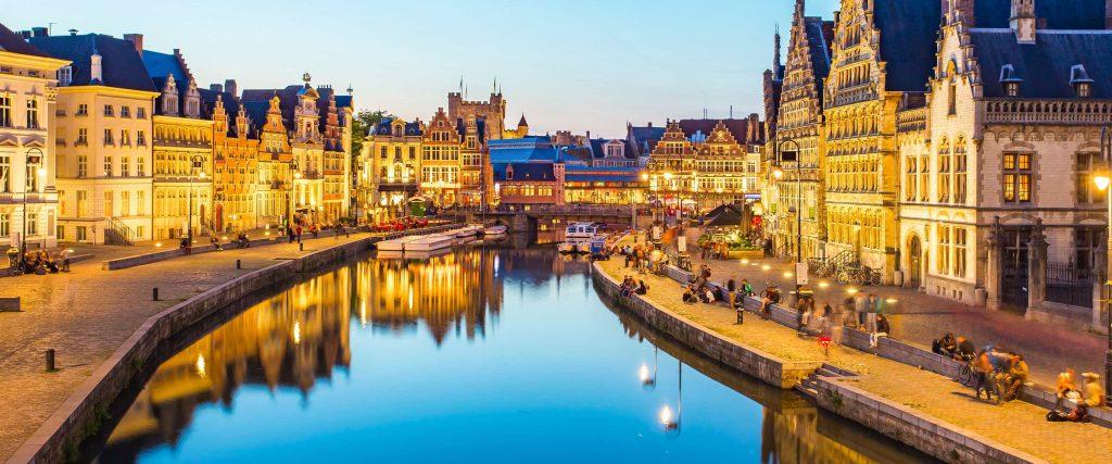 Путешествие в современное средневековье: что посмотреть в Бельгии и что важно знать туристу